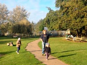 Promenade en famille ou entre amis, au parc animalier la Pommeraie